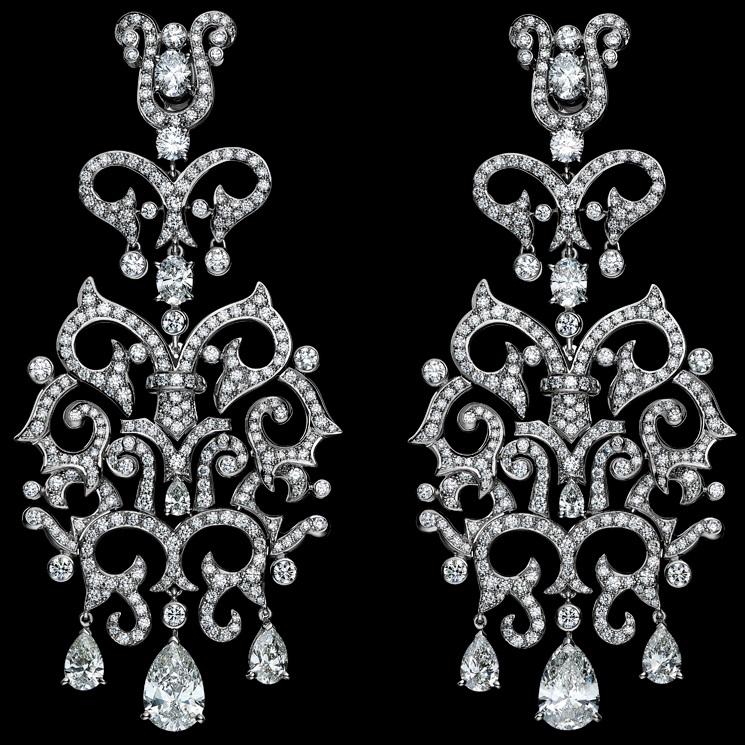 Chimera - Orecchini in oro bianco e diamanti. Foto Laziz Hamani
