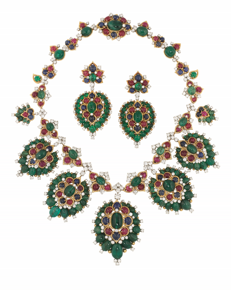 A SUPERB EMERALD AND DIAMOND SUITE, BY BULGARI