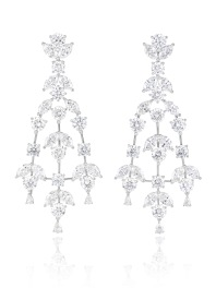 Earrings in 18k white gold set with brilliant-cut (16.4cts), marquise-cut (14cts) and pear-shaped diamonds