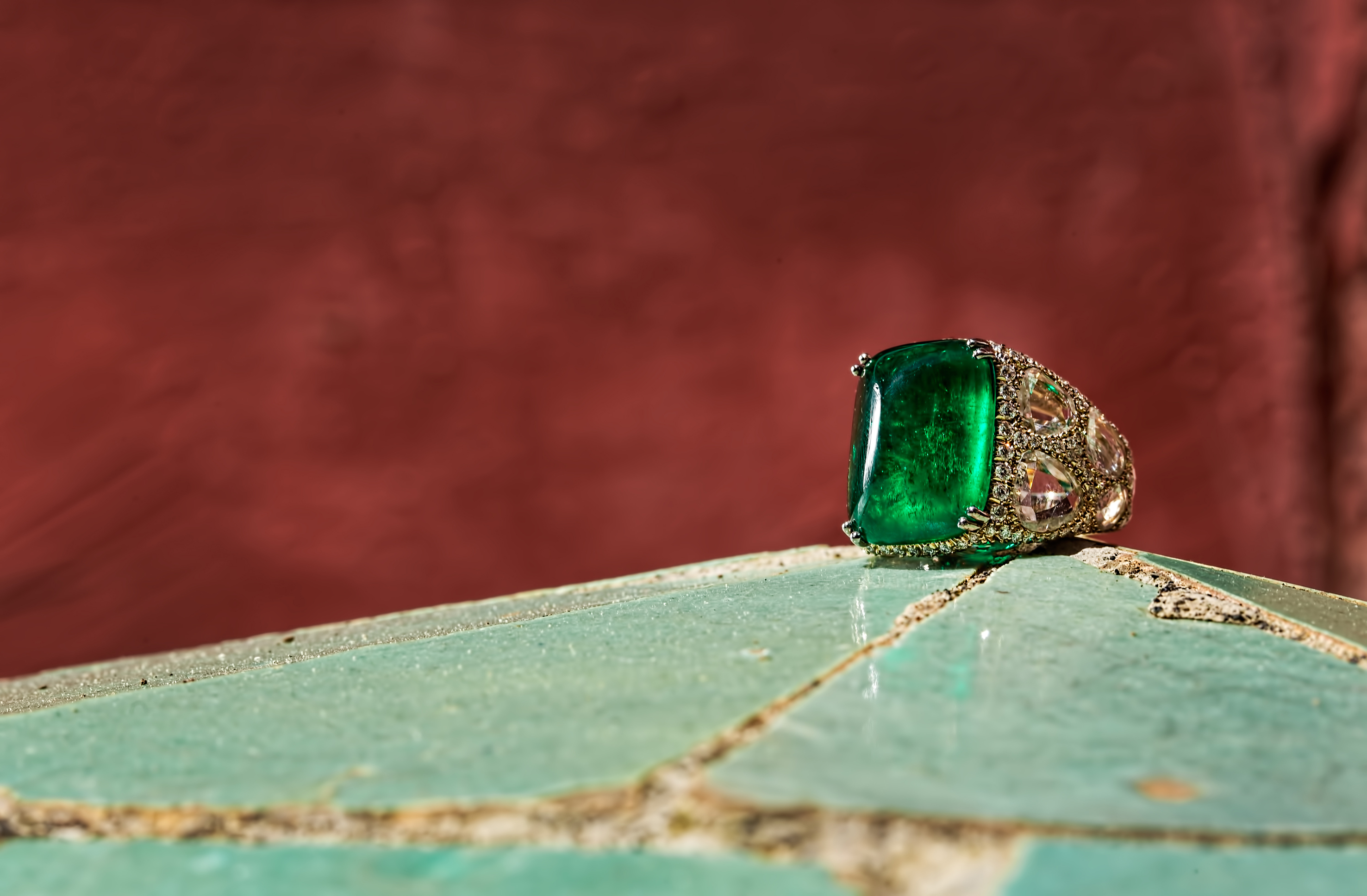 Chantecler High Jewellery's love affair with Capri's enchanting Nature and vivid colors
