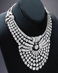 Another view of Queen Nazli's necklace by Van Cleef & Arpels. A large part of Nazli's jewelry collection, including her Van Cleef & Arpels diamond necklace and tiara, was sold by Sotheby Parke Bernet in New York in November 1975. The diamond necklace has since remained in a private collection for 40 years, and is to be sold this December for the benefit of a charitable foundation.