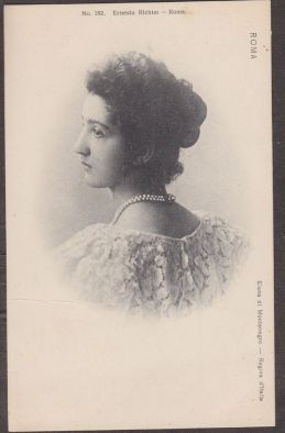 Queen Elena of Italy wearing her two-strand natural pearl necklace.