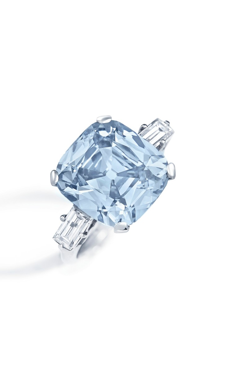 Blue diamond ring Christie's May 2017