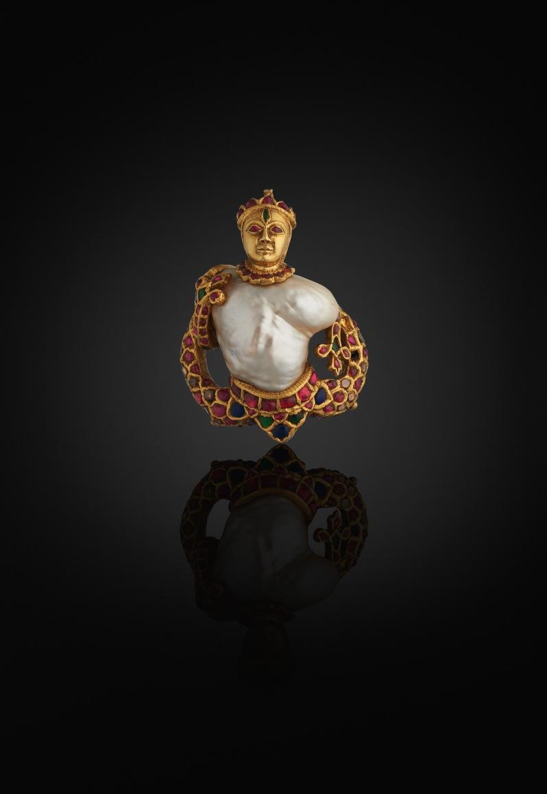 Pendant Al Thani Collection